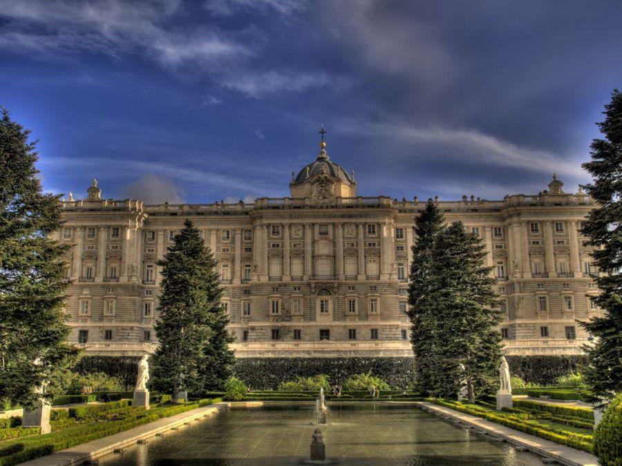 Фото Королевского дворца в Мадриде