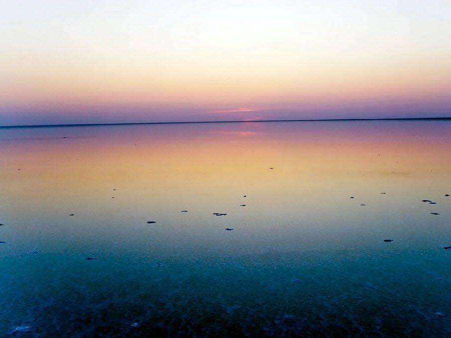Фото озеро Эльтон на закате
