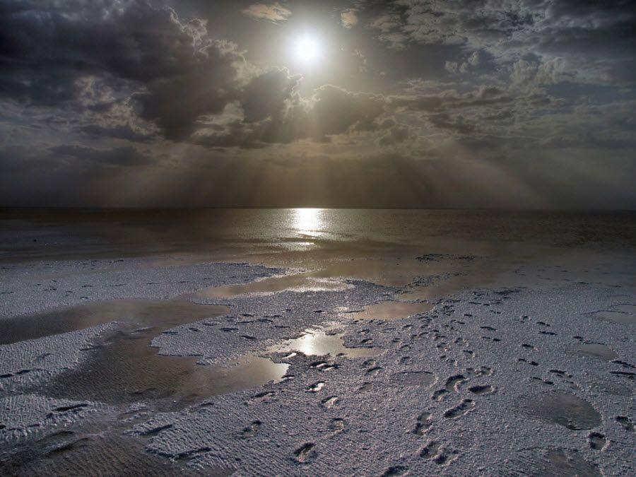 Фото озеро Эльтон вид вечером