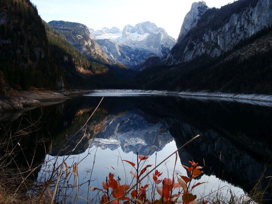 Фото озера в Зальцкаммергуте, Австрия
