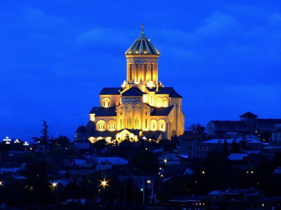 Фото Кафедрального Собора в Тбилиси