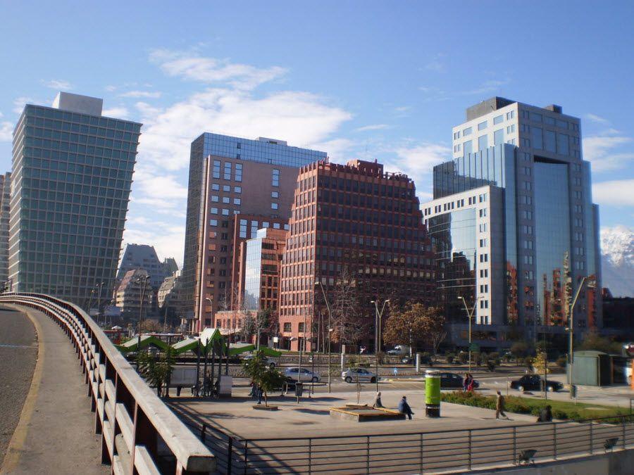 Фото архитектуры города Сантьяго в Чили