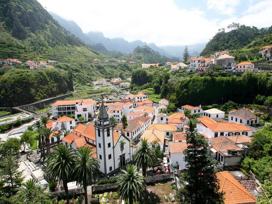 Поселок Сан-Висенте на Мадейре, фото Португалии