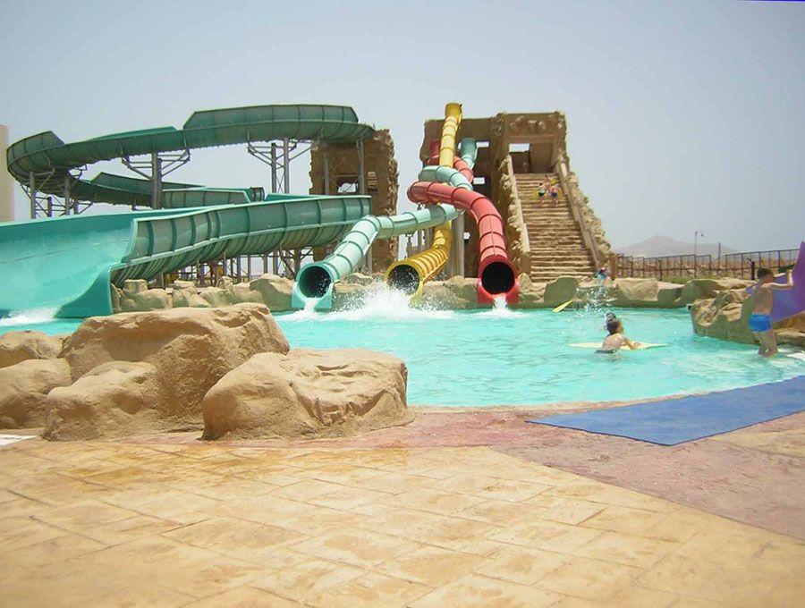 Аквапарк под открытым небом в Шарм-эль-Шейхе фото