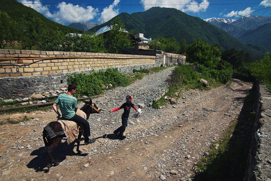 Каменные дороги в Шеки