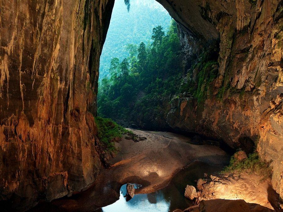Фото пещеры Шондонг во Вьетнаме