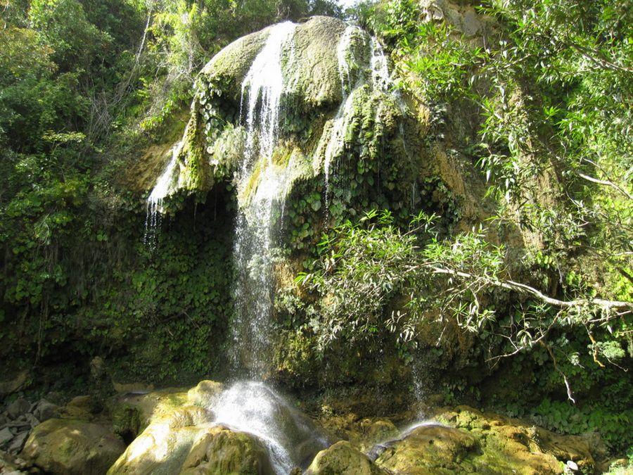 Фото водопада Сальтон в Сороа, Куба