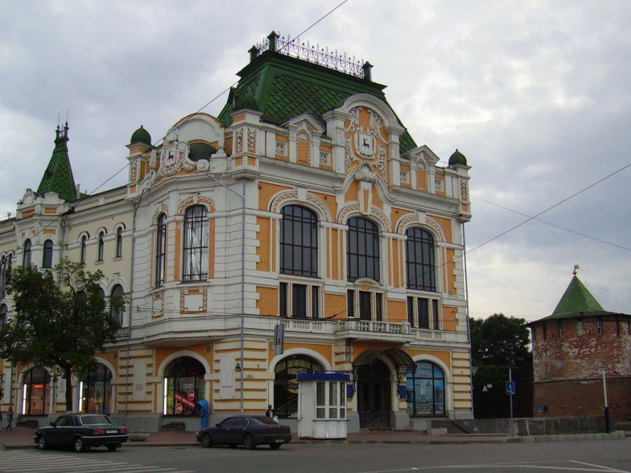 Фото Площадь им. Минина и Пожарского в Нижнем Новгороде