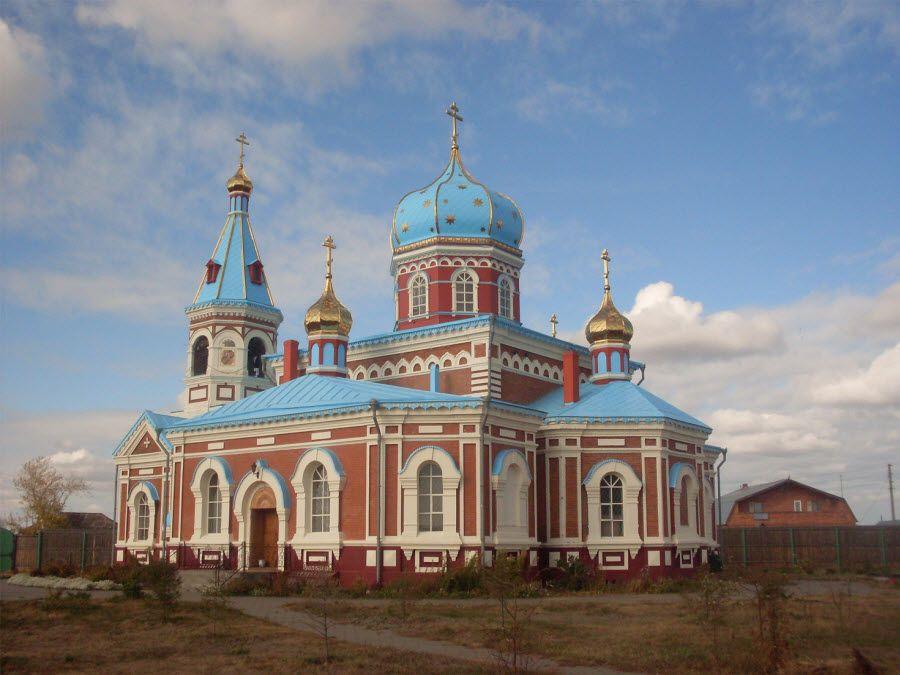 Свято-Никольский мужской монастырь в деревне Большекулачье Омской области фото