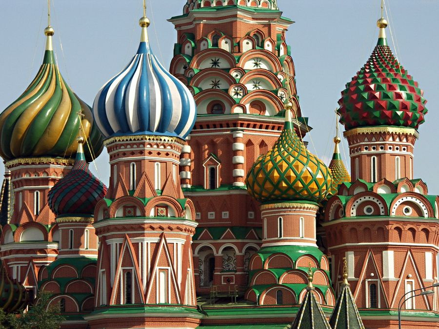 Фотография элементов декора глав собора Василия Блаженного в Москве