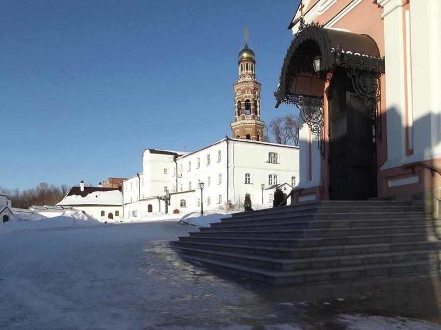 Свято-Иоанно-Богословский монастырь фото