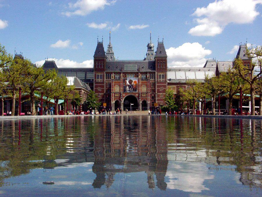 Государственный музей в Амстердаме фото