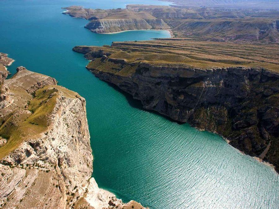Фотография обрывов Сулакского каньона