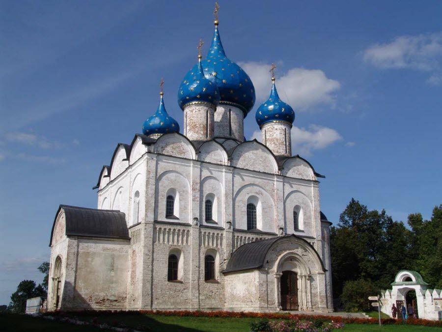Фото собора рождества Богородицы в Суздальком кремле