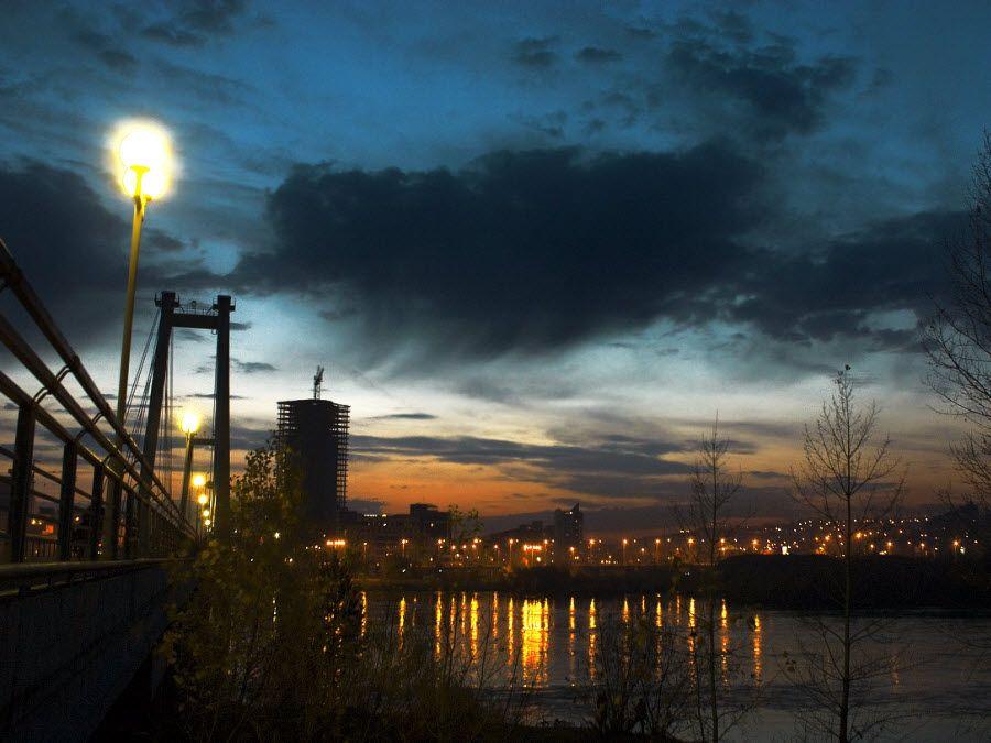 «Роев ручей» ночью в Красноярске фото
