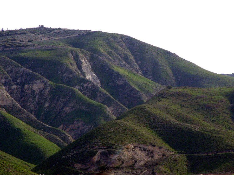 Фото горных холмов Сирии