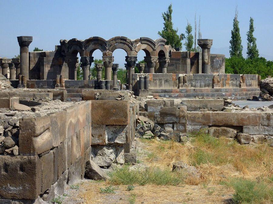 Храм Небесных Ангелов в Ереване фото