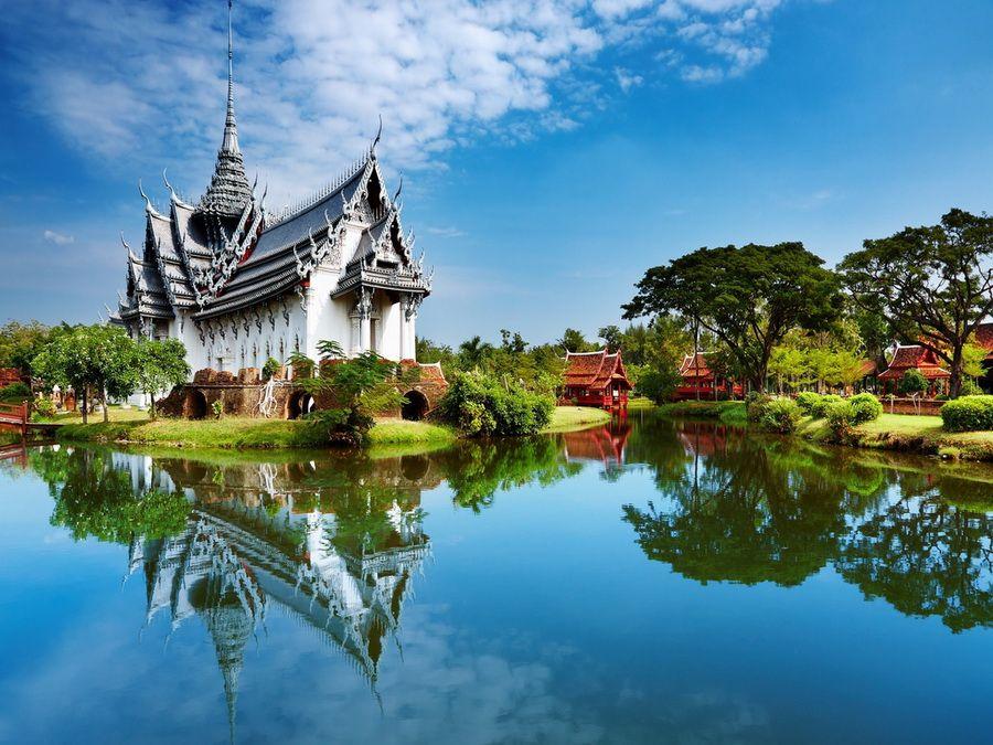 Фото удивительно красивого храма в Таиланде