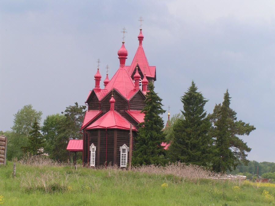 Церковь во имя Преподобного Серафима Саровского фото