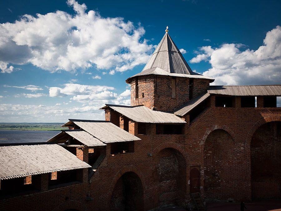 Фото северной башни Кремля в Нижнем Новгороде