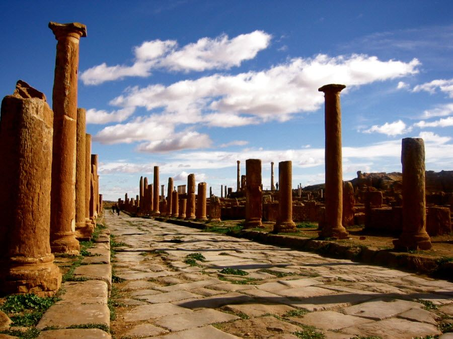 Фото города Тимгад в Алжире