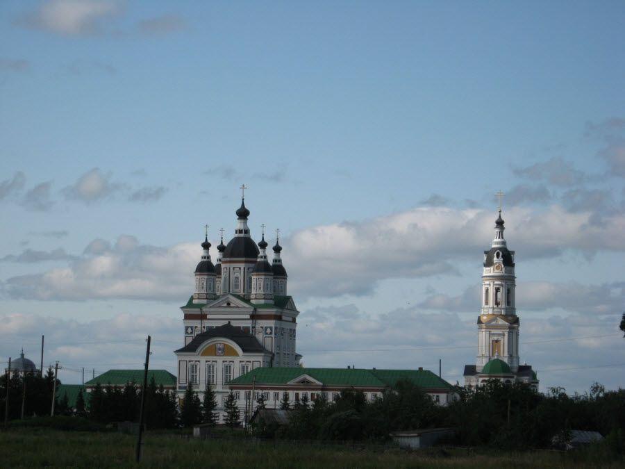 Троице-Сканов монастырь в Пензенской области фото