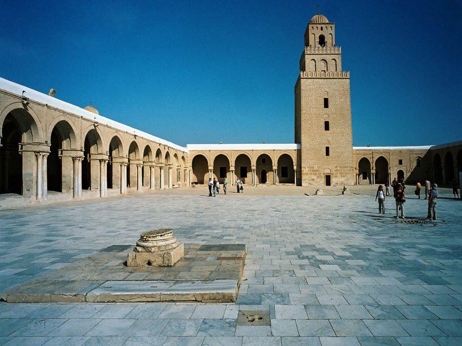 Фото Великая мечеть Сиди Окба в Каируане