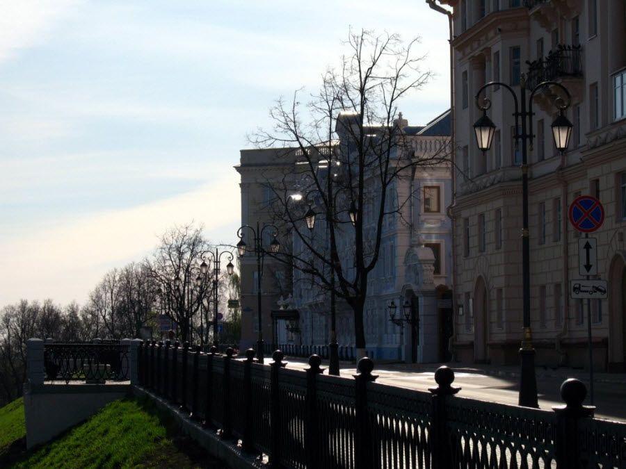 Фото архитектуры Верхне-Волжской набережной