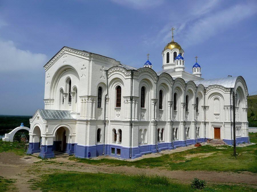 Усть-Медведицкий Спасо-Преображенский монастырь фото