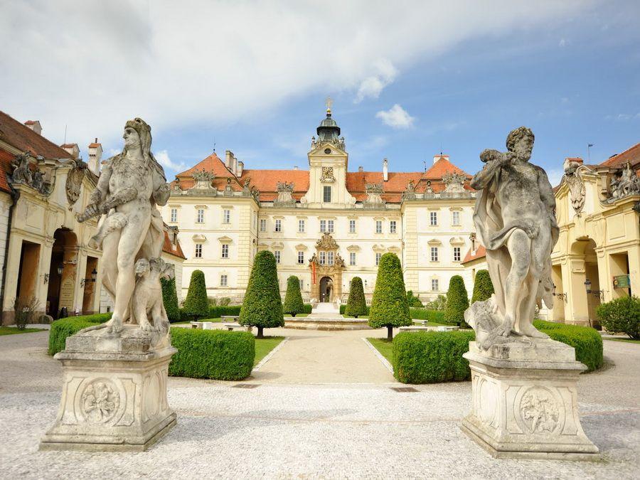 Валтицкий замок фото Чехии