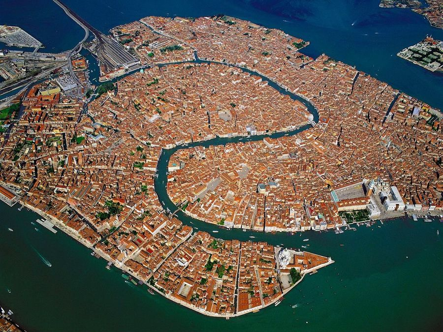Фото панорамы Венеции с высоты