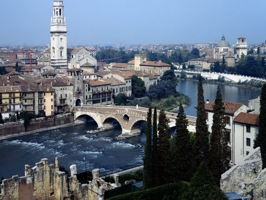 Панорама Вероны фотографии Италии