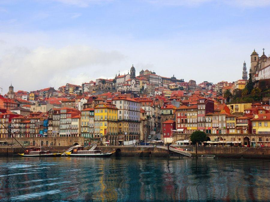 Фотография вид на Порту с реки