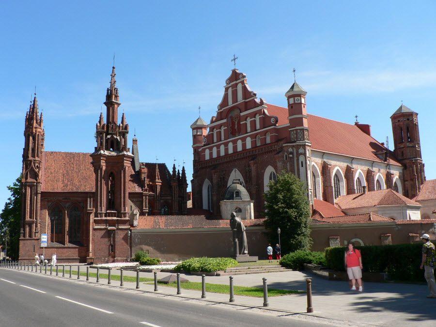 Фото Церковь Святой Анны в Вильнюсе