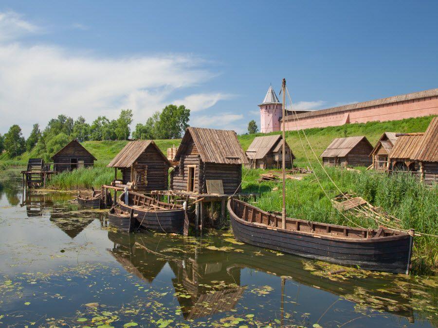 Фото вид на реку Суздаль Владимирской области