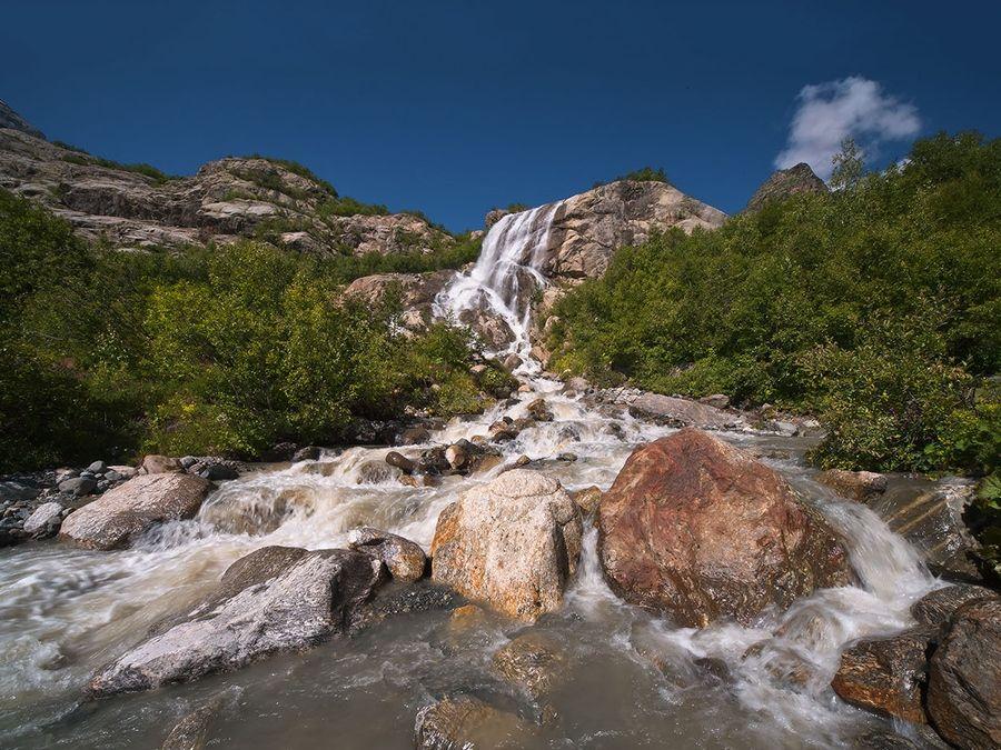 Водопад Алибек фото