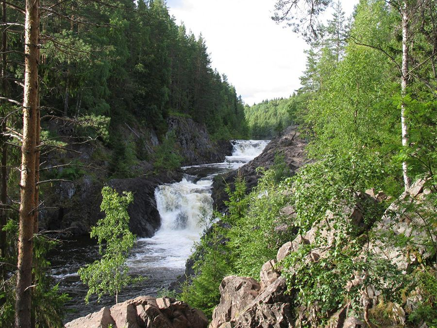 Фотография водопада Кивач в Карелии