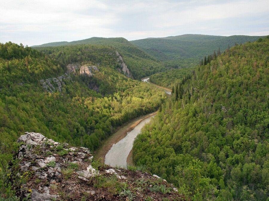 Фотография реки Нугуш при водопаде Куперля