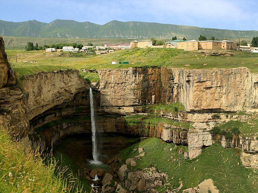 Фотография водопада Тобот в Дагестане