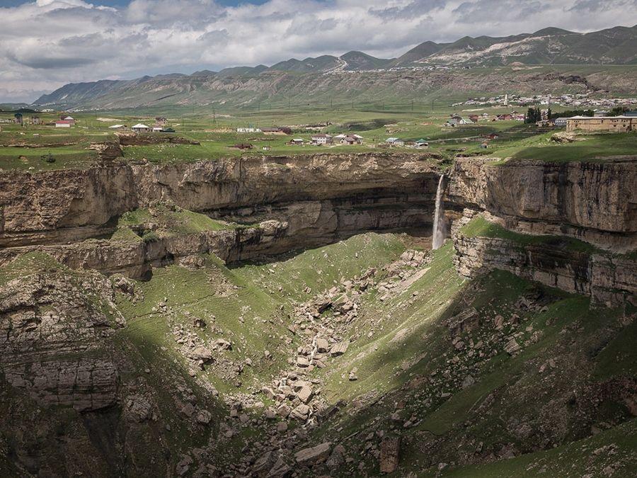 Фотография Хунзахского водопада в Дагестане