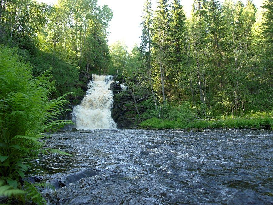 Фотография водопада Юканкоски в Карелии