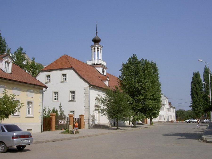 Фотография старинных построек в Старой Сарепте в Волгограде