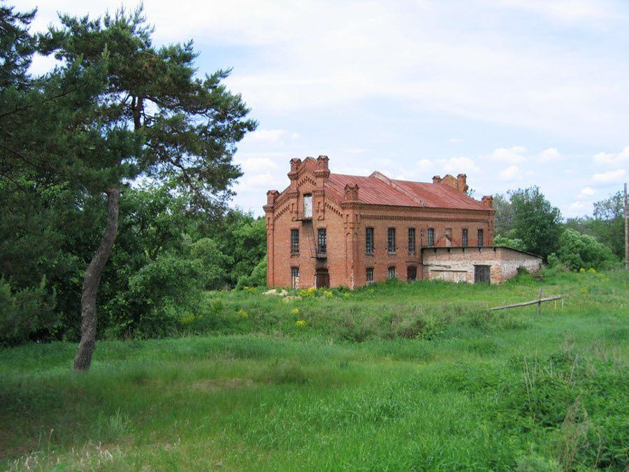 Усадьба Петрово-Соловово в Воронинском заповеднике фото