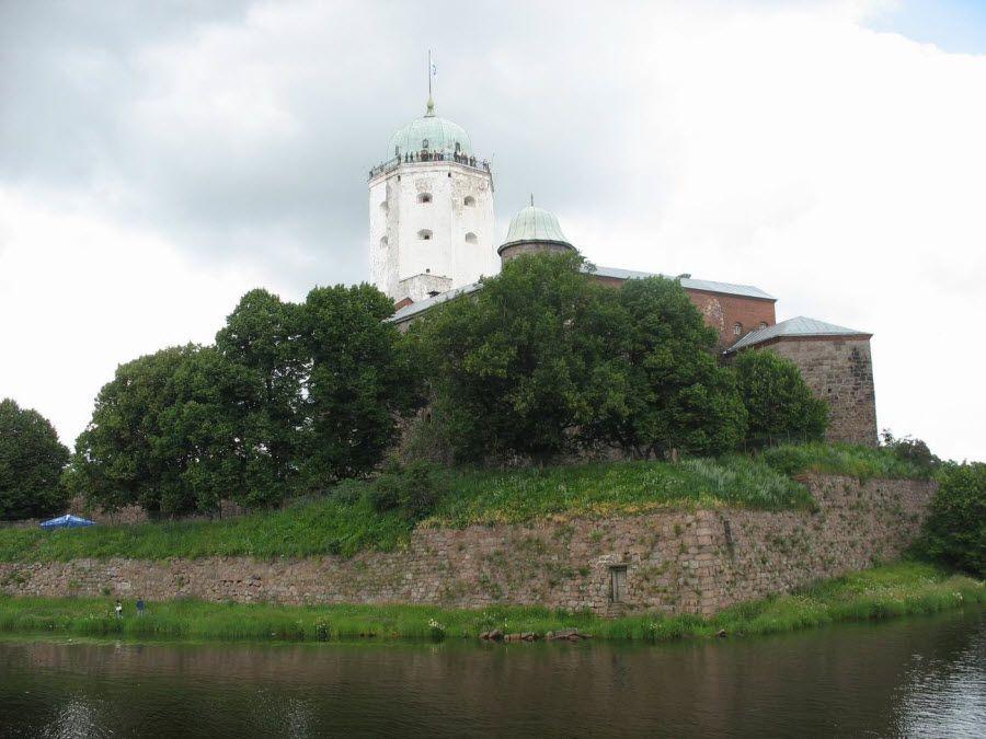 Фото панорама Выборгского замка