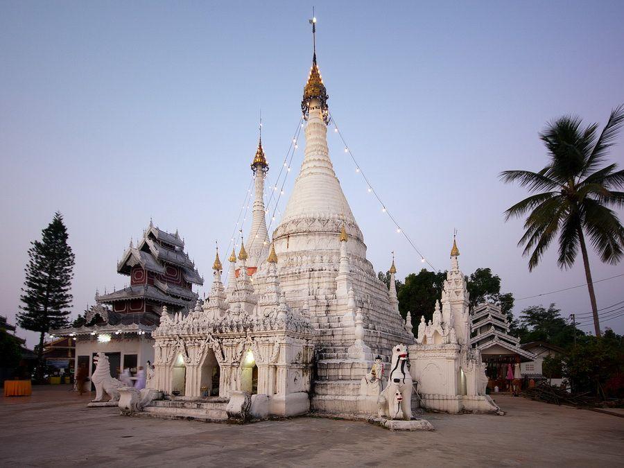 Храм Ват Пратхат Дои Конг Му фото Таиланда