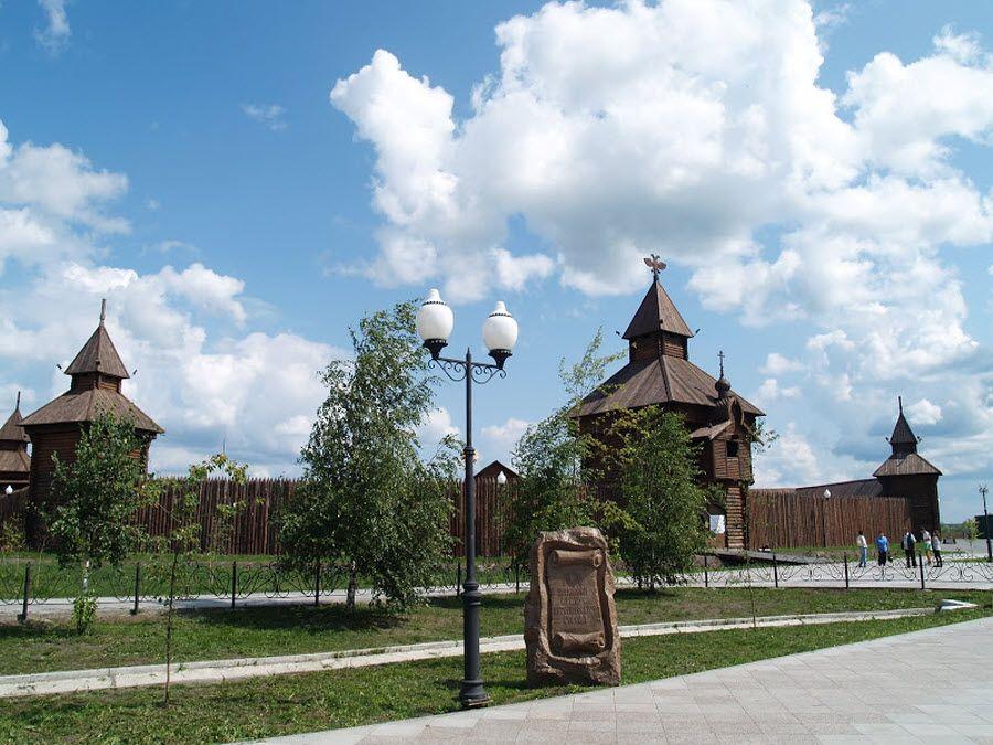 Панорама Ялуторовского острога фото