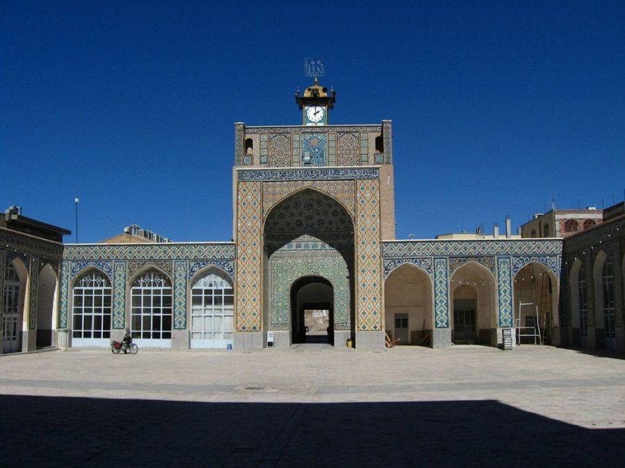 Фотография внутреннего двора Голубой Мечети