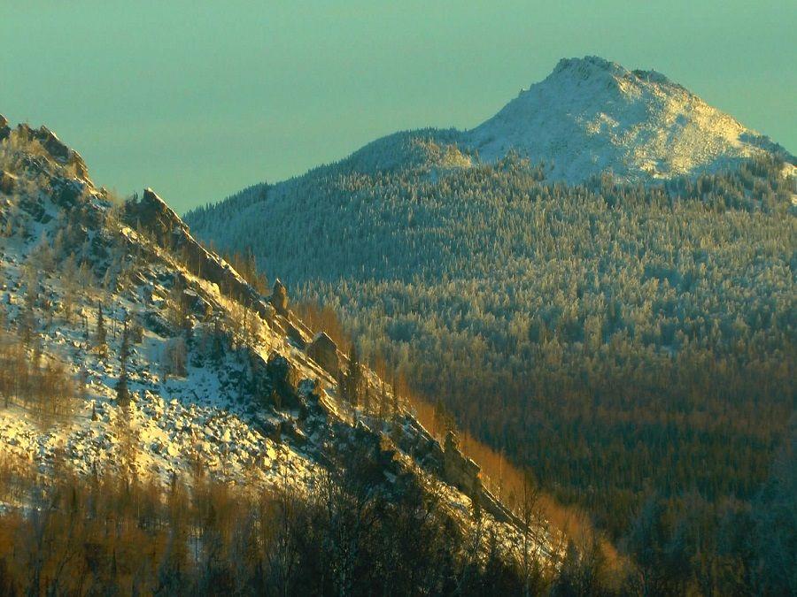 Фотография хребта Кумардак в Южно-Уральском заповеднике