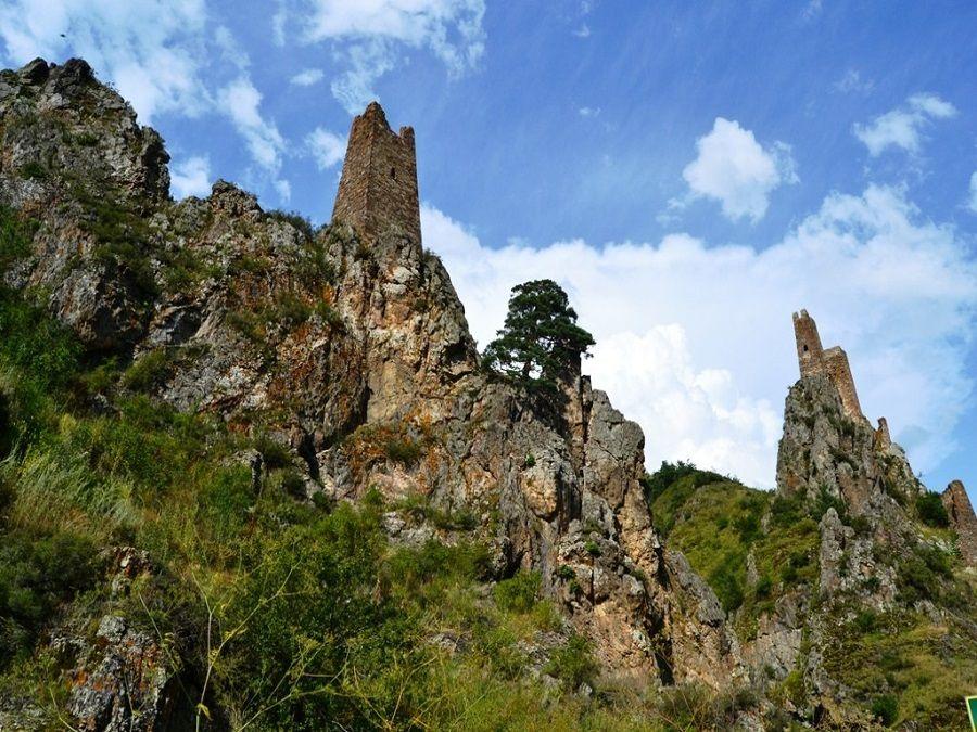 Замок Вовнушки фото Ингушетии