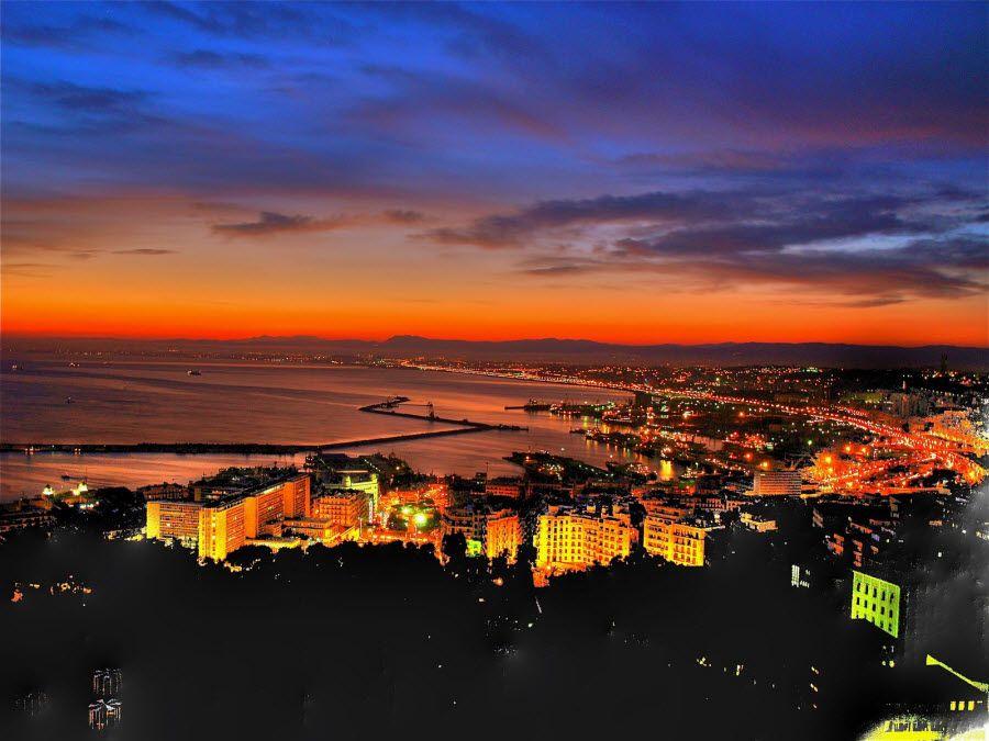 Фото ночного Алжира